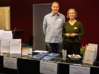 Foto: André Wunstorf - Thomas Schrader und Sabine Wucyna am Stand der Master School Drehbuch